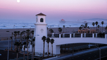 Hyatt Regency Huntington Beach CA | Footbridge